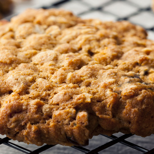 apple-oatmeal-cookie